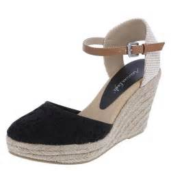 Women's Truly Closed-Toe Wedge | Closed toe wedges, Shoe