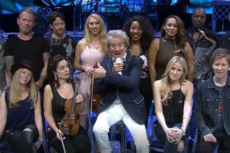 Video: Rod Stewart 'excited to be playing concert at