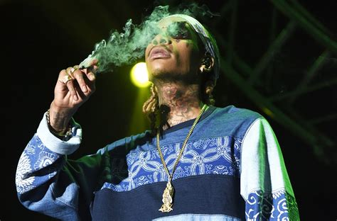 Wiz Khalifa Stylish Pictures – WeNeedFun